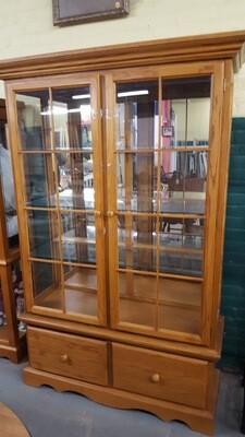 Large Oak Curio Cabinet, excellent condition