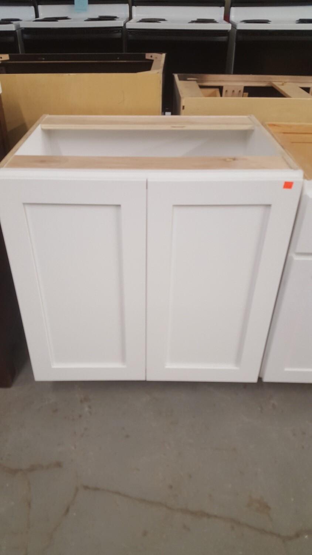 """Bathroom Vanity, white 27"""", Shaker style doors"""