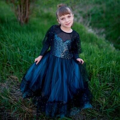 Luna the Midnight Witch