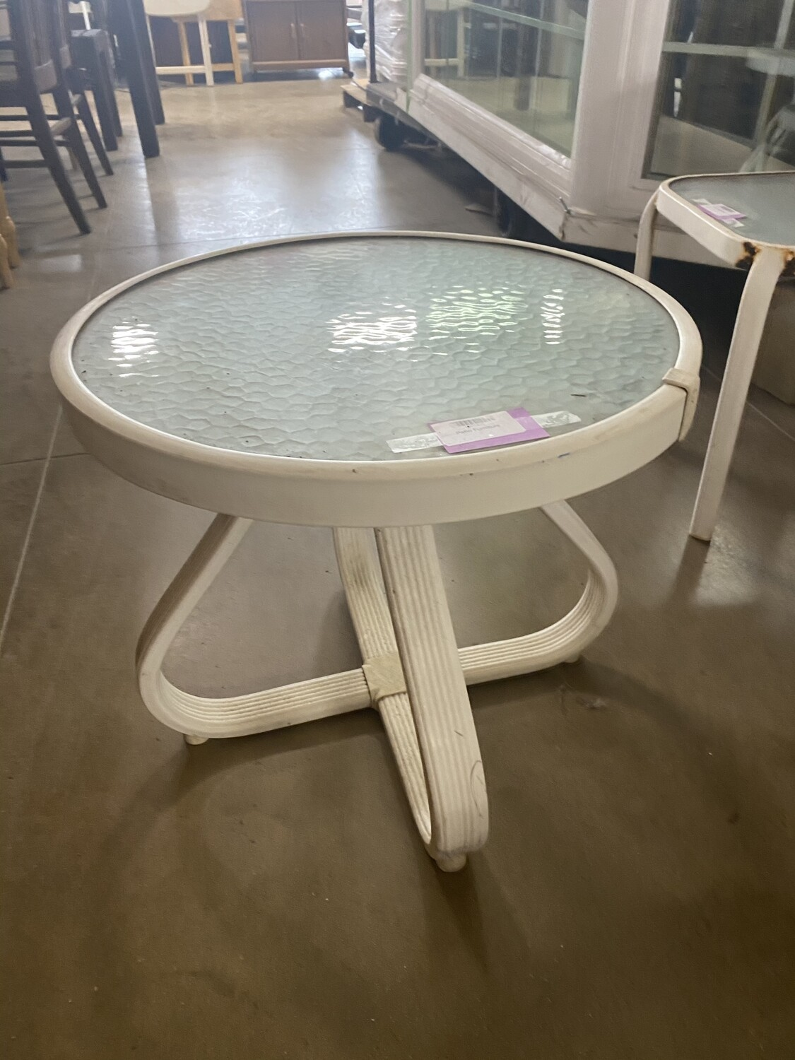 Round Outdoor Table - White