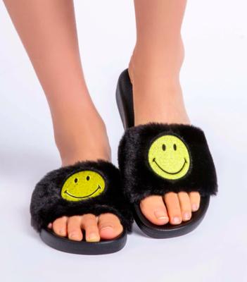 PJS Smiley Slipper