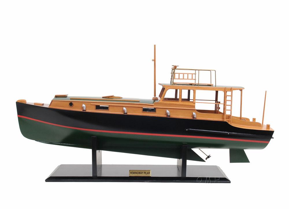 Hemingway Pilar Ship
