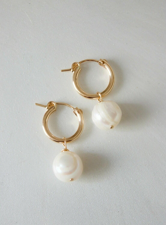 Gold Pearl Hoop E1260