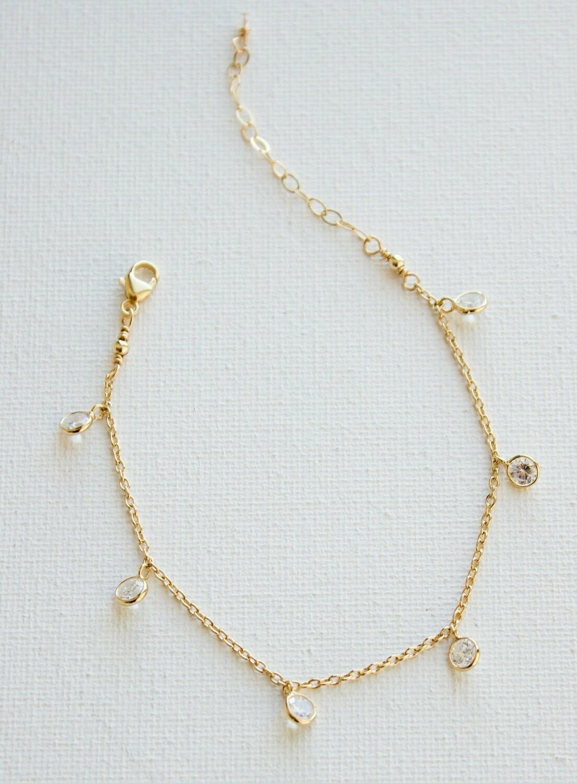 Petite Chain Bracelete B1084