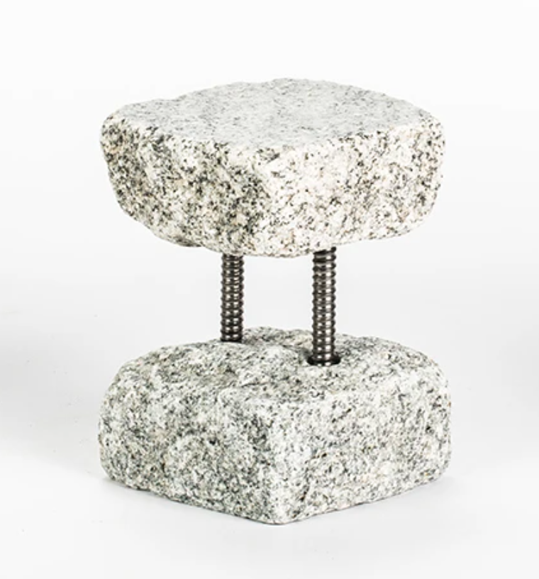 Tall Cobble Stand With Steel Bar Gray
