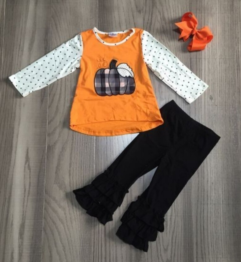 Plaid & Dots Pumpkin