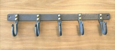 CRE HAND FORGED 5 Hooks Iron Wall Rack