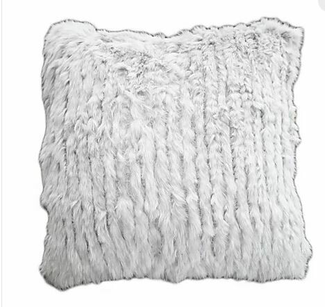 DHC RABBIT KITTED WHITE PILLOW 22x22