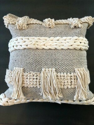 FHD BRAIDED CREAM/BLACK FRINGE PILLOW 20