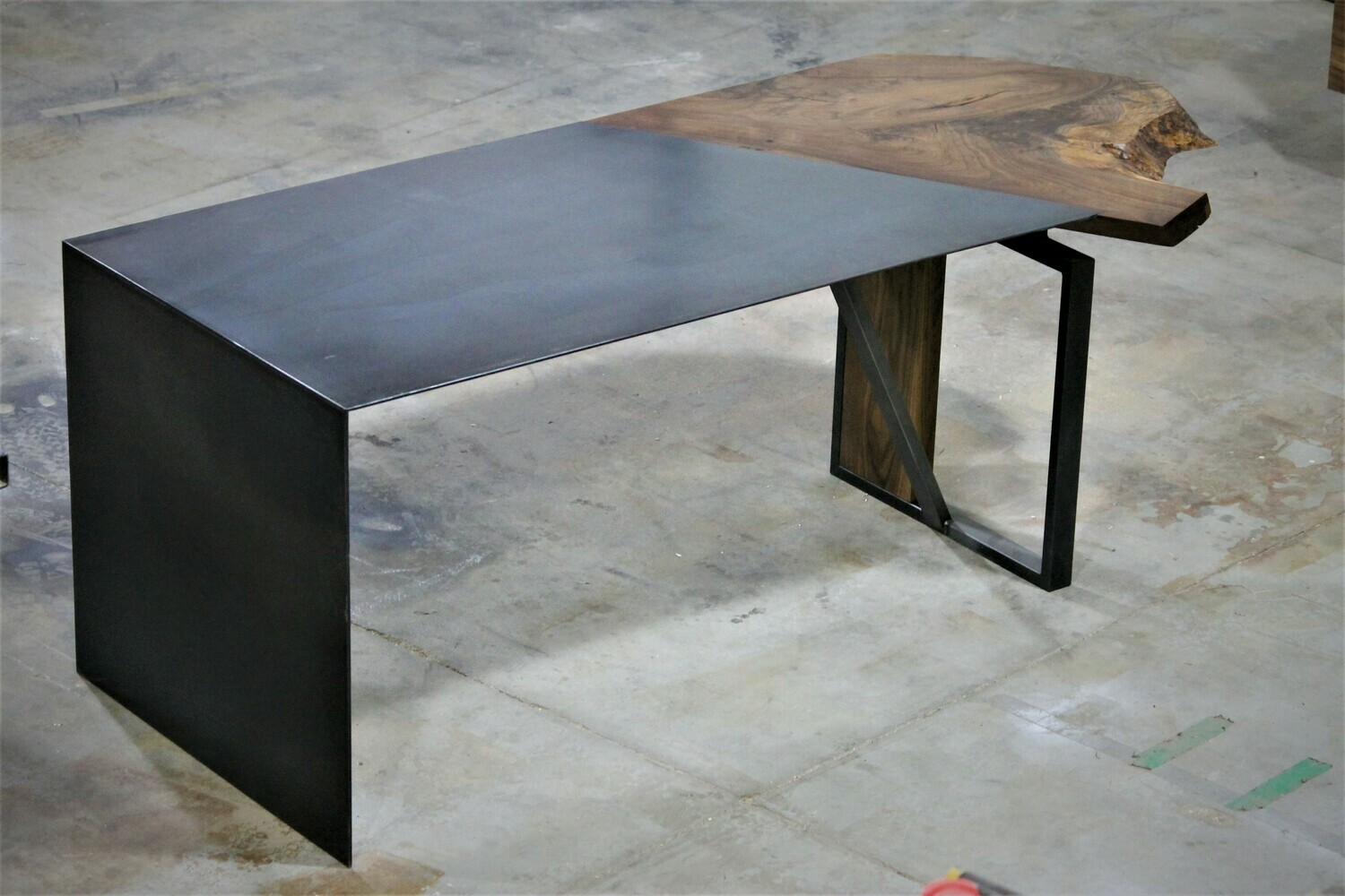 T1F CUSTOM LIVE EDGE DESK WOOD & STEEL 6'6