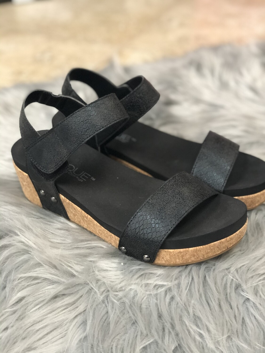 Corkys Slidell Low Wedges