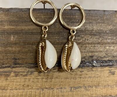 Loop Shell Earrings