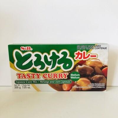 S&B Torokeru Curry Medium Hot
