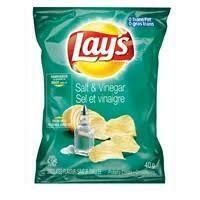 Lay's Salt and Vinegar 40g