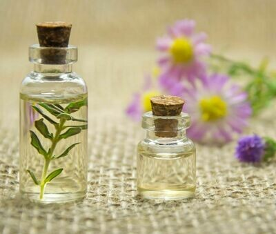 Class Essential Oils 101: Oct 3 @ 1-3 pm