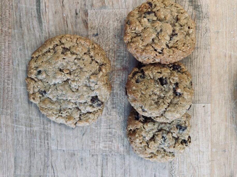 Cookies: Oatmeal Raisin