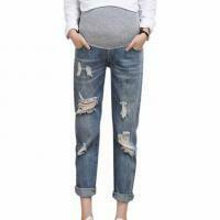 Light Denim Jeans w/rip