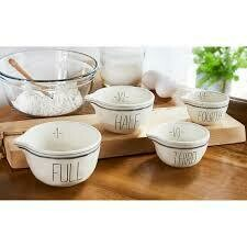 Mud Pie Bistro Measuring Cup Set