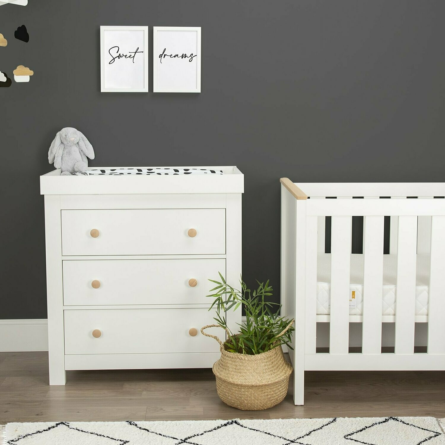 Aylesbury 2pc Set - 3 drawer dresser and cot bed.