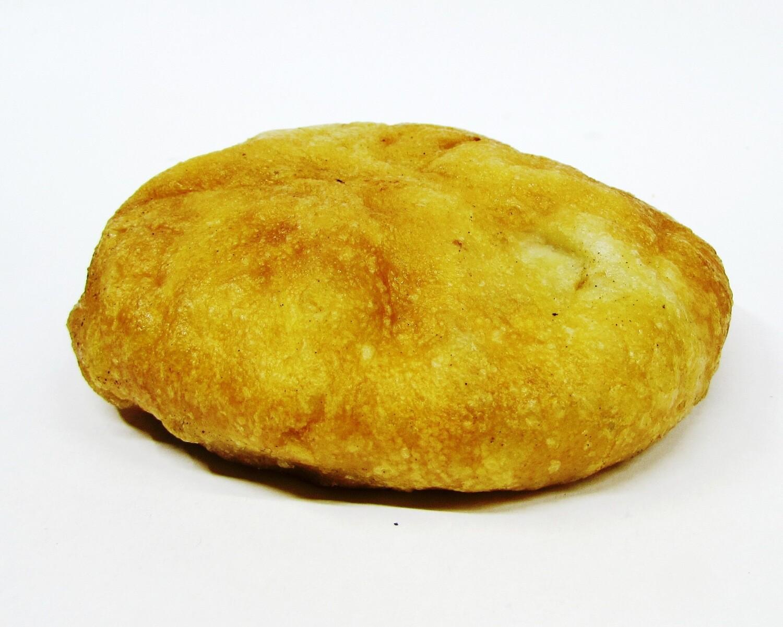 Пирожок с сосиской и картофелем Гмирянка