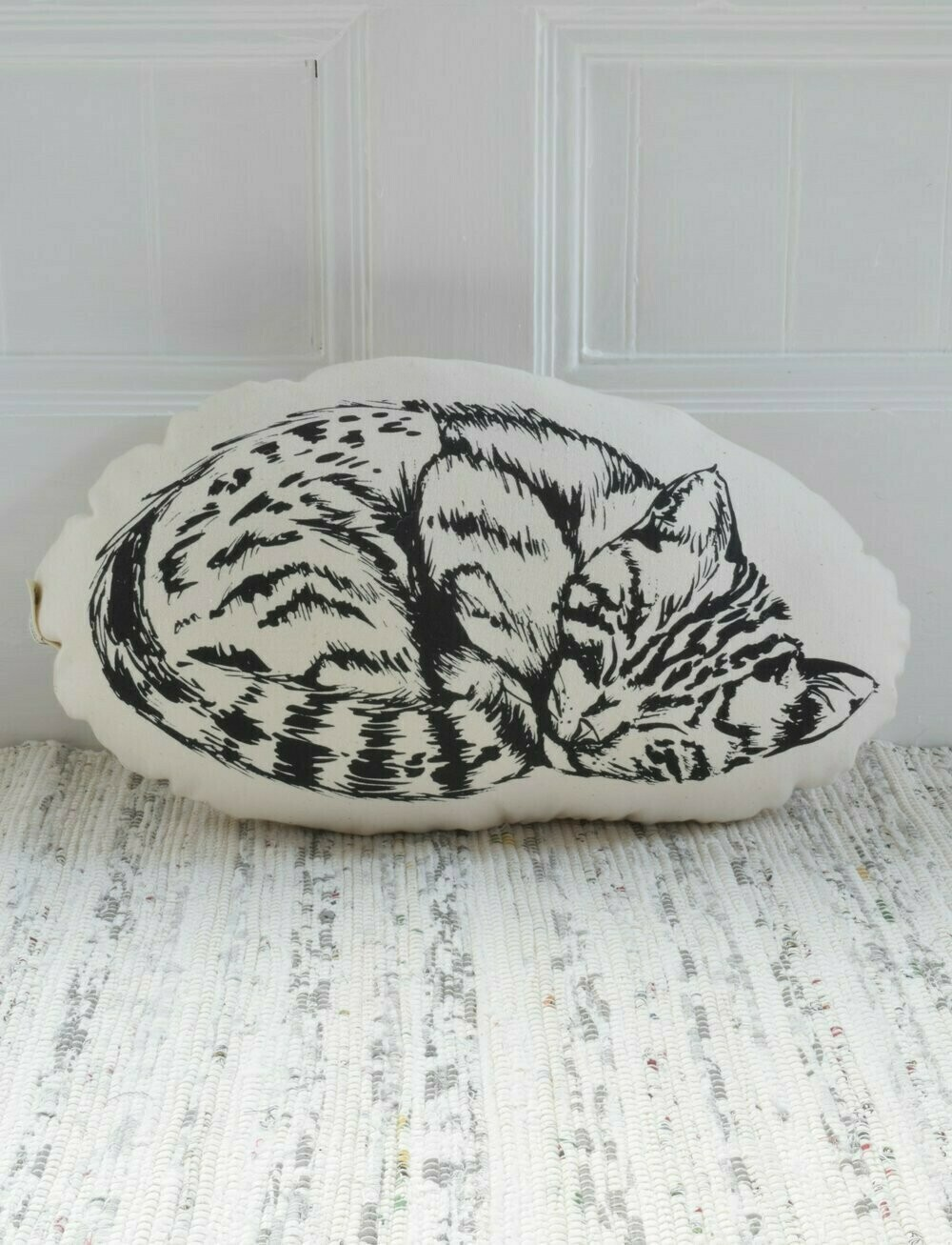 Hearth & Harrow Pillows