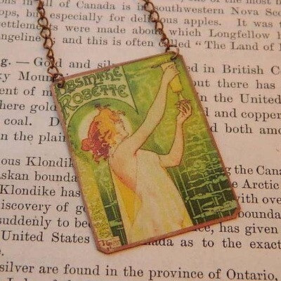 Necklace Mucha Absinthe