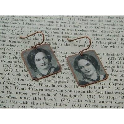 Charlotte Bronte Earring