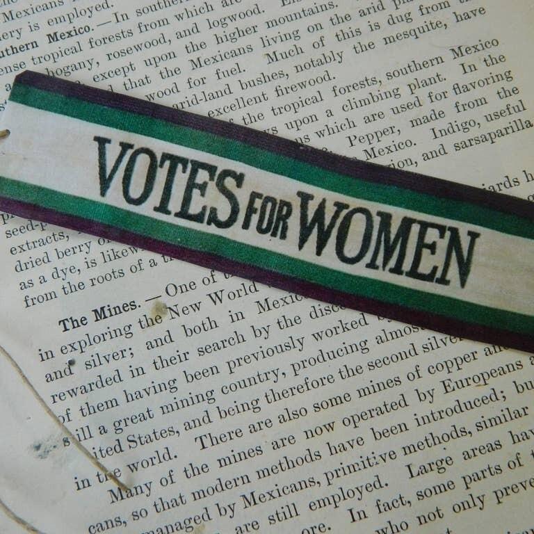 Bookmark Votes for Women Banner