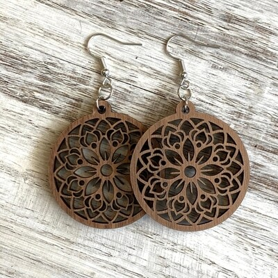 Mandala Drop - Daisy- walnut