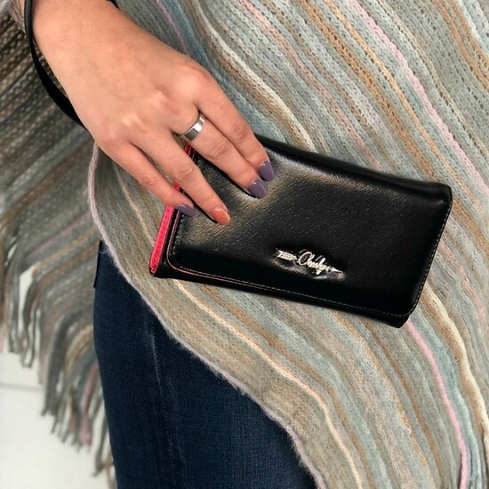 Kate Wallet in Black