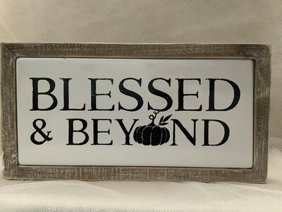 Metal and Wood Thanksgiving Signs