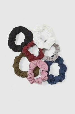 Zero-Waste Scrunchies