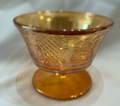 """Federal Glass Company Marigold Carnival  Cup 2.75""""tall x 3.6"""" d"""
