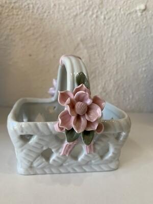 Vintage Trinket Medium Basket