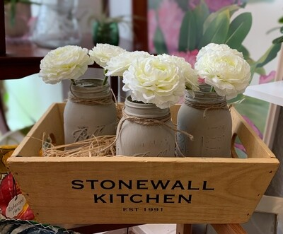 """Stonewall Kitchen Wooden Box w/3 painted  vases flowers 15"""" x 10"""""""