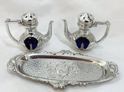 Vintage Miniature Silver Teapot Salt and Pepper Shakers, New York Empire State Building