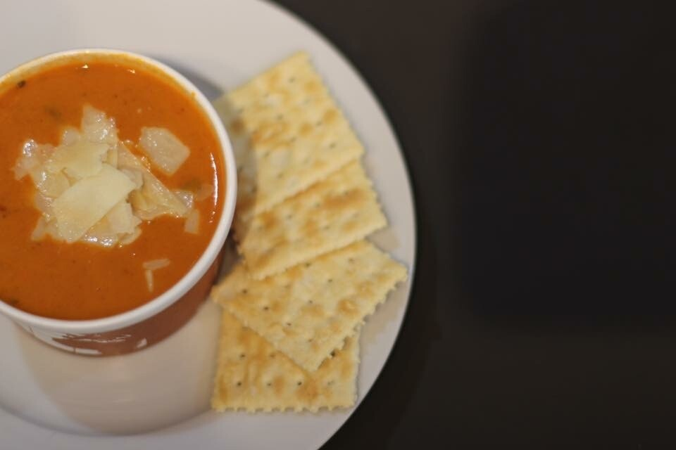 Wednesday Only Tomato Basil W/Chips