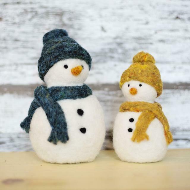 Snowmen Needle Felting Kit