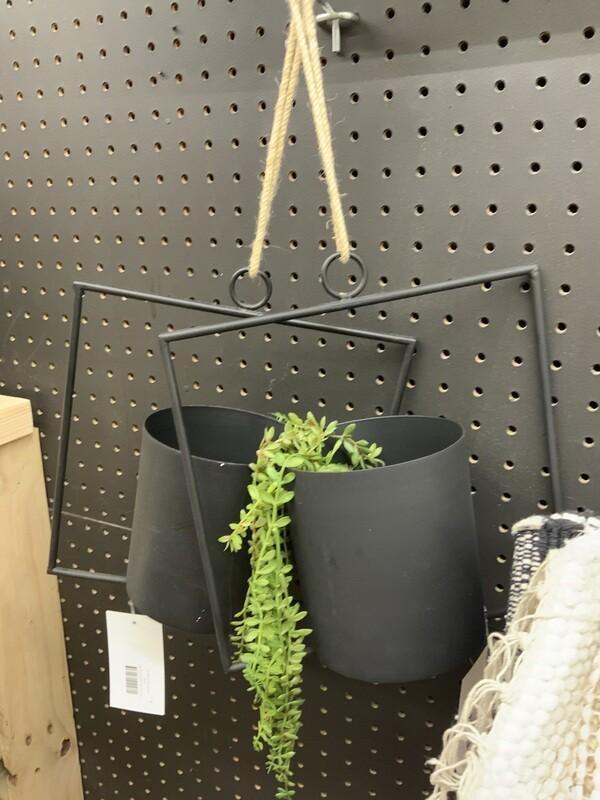 Metal bucket hanging planter