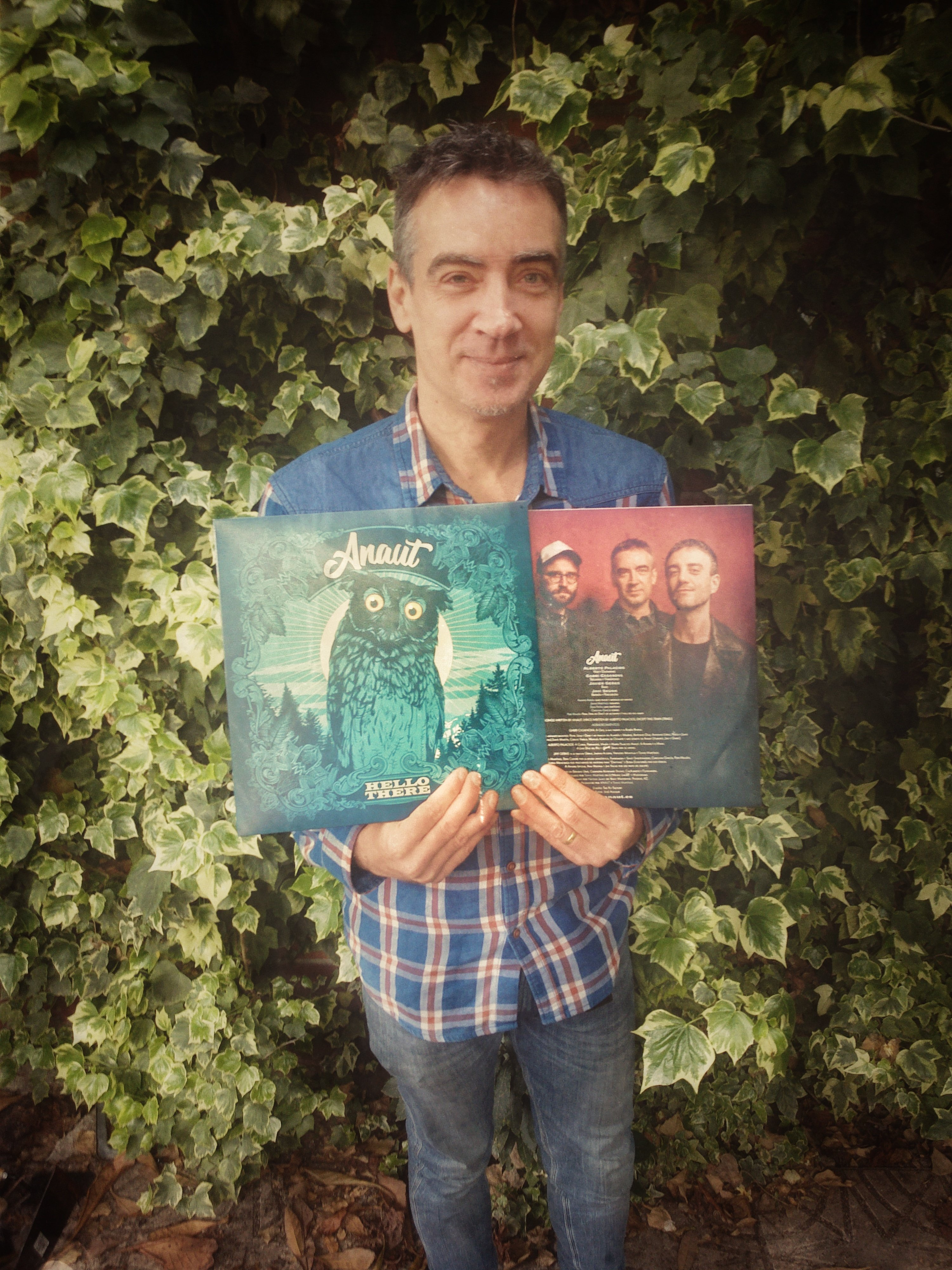 "LP VINYL ""HELLO THERE"" (includes cd / incluye CD, 2018)"
