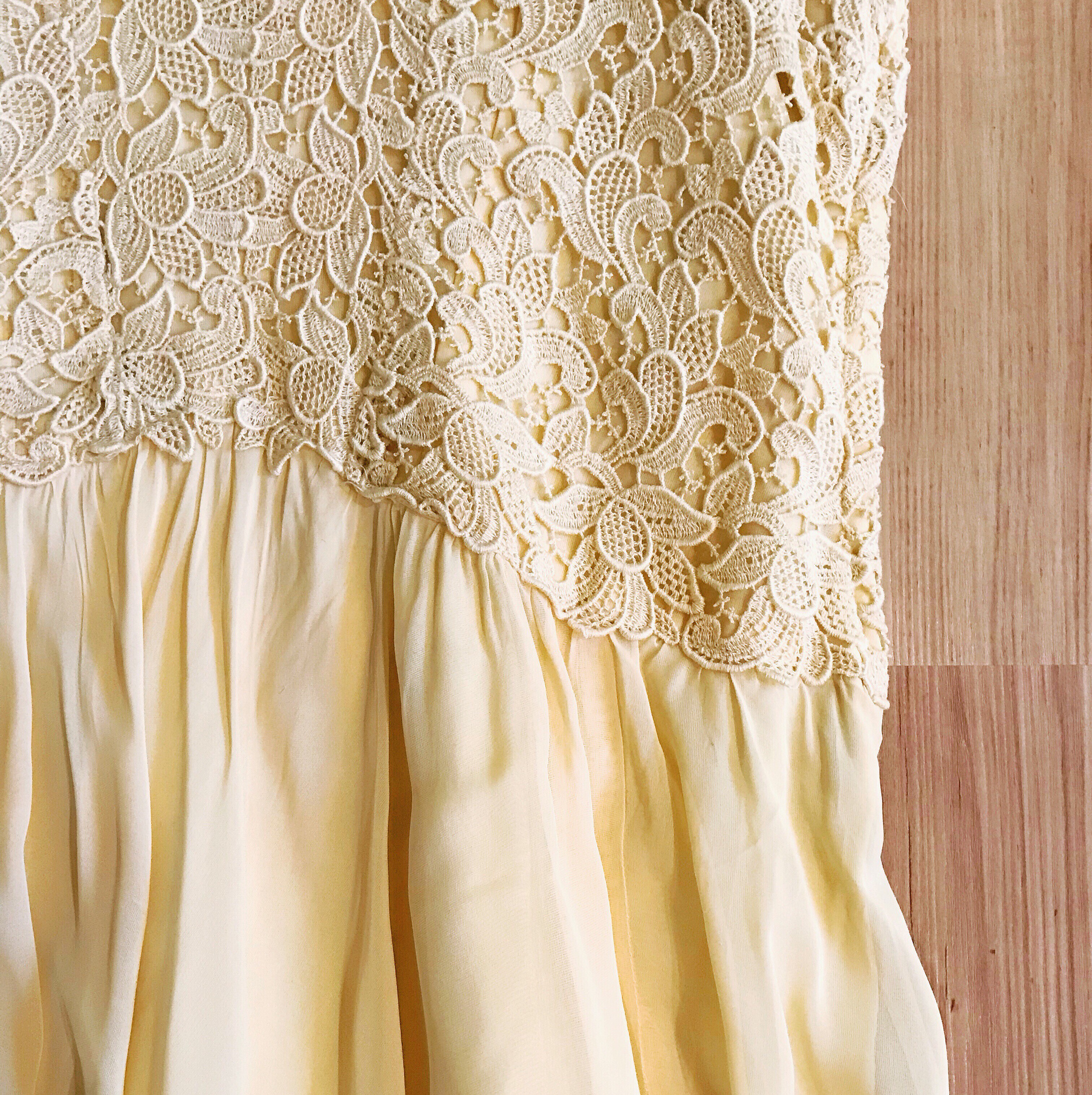 1940s Ivory Lace & Chiffon Dress