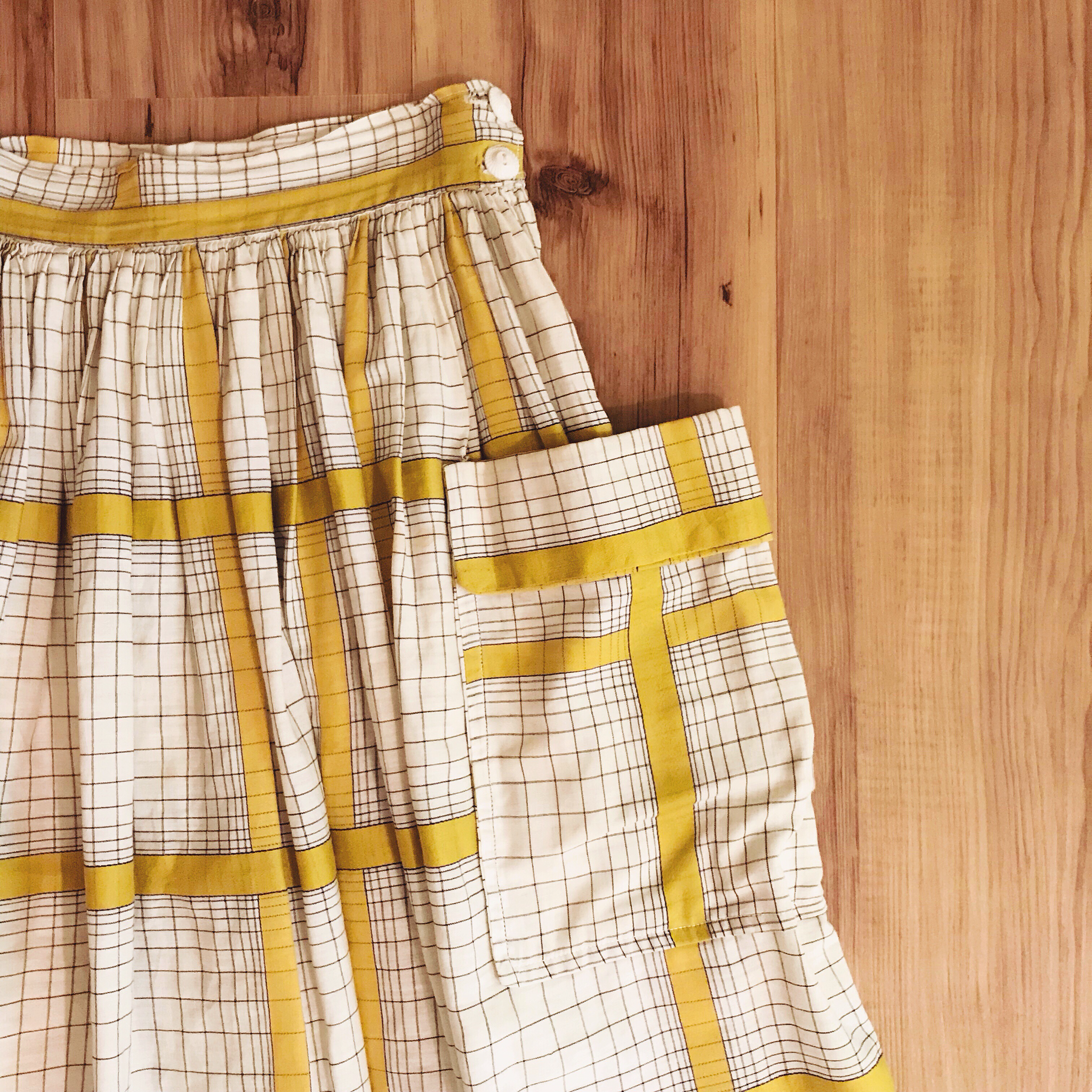 1950s One-Pocket Plaid Skirt