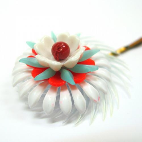 Vintage flower hair pin XL 00061