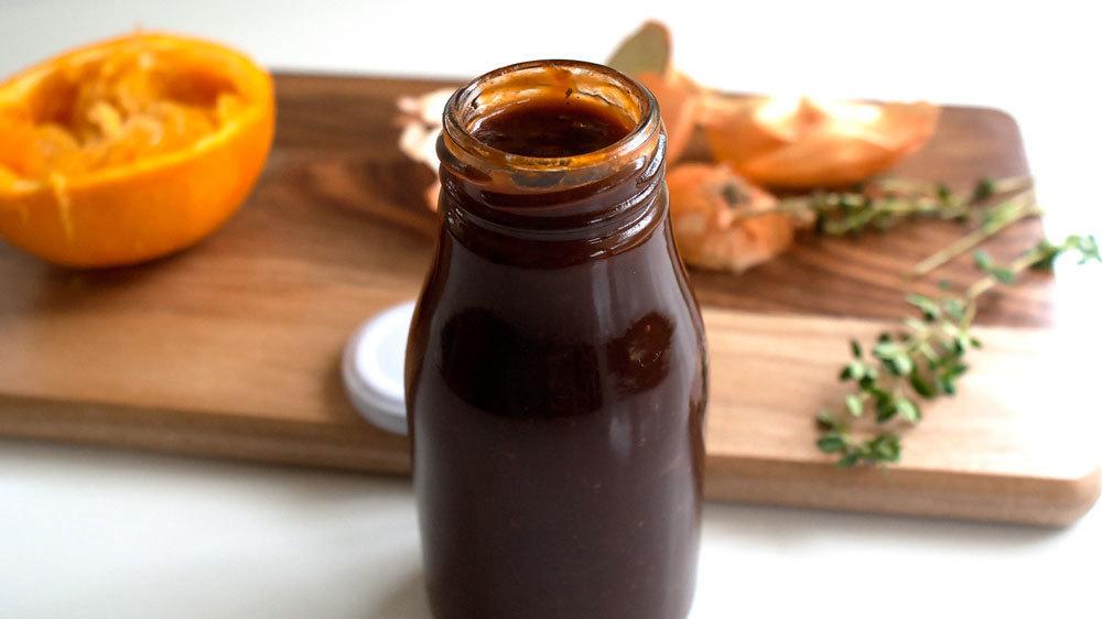 Classic BBQ Sauce w/ a Citrus Kiss ~ 8oz jar 0004