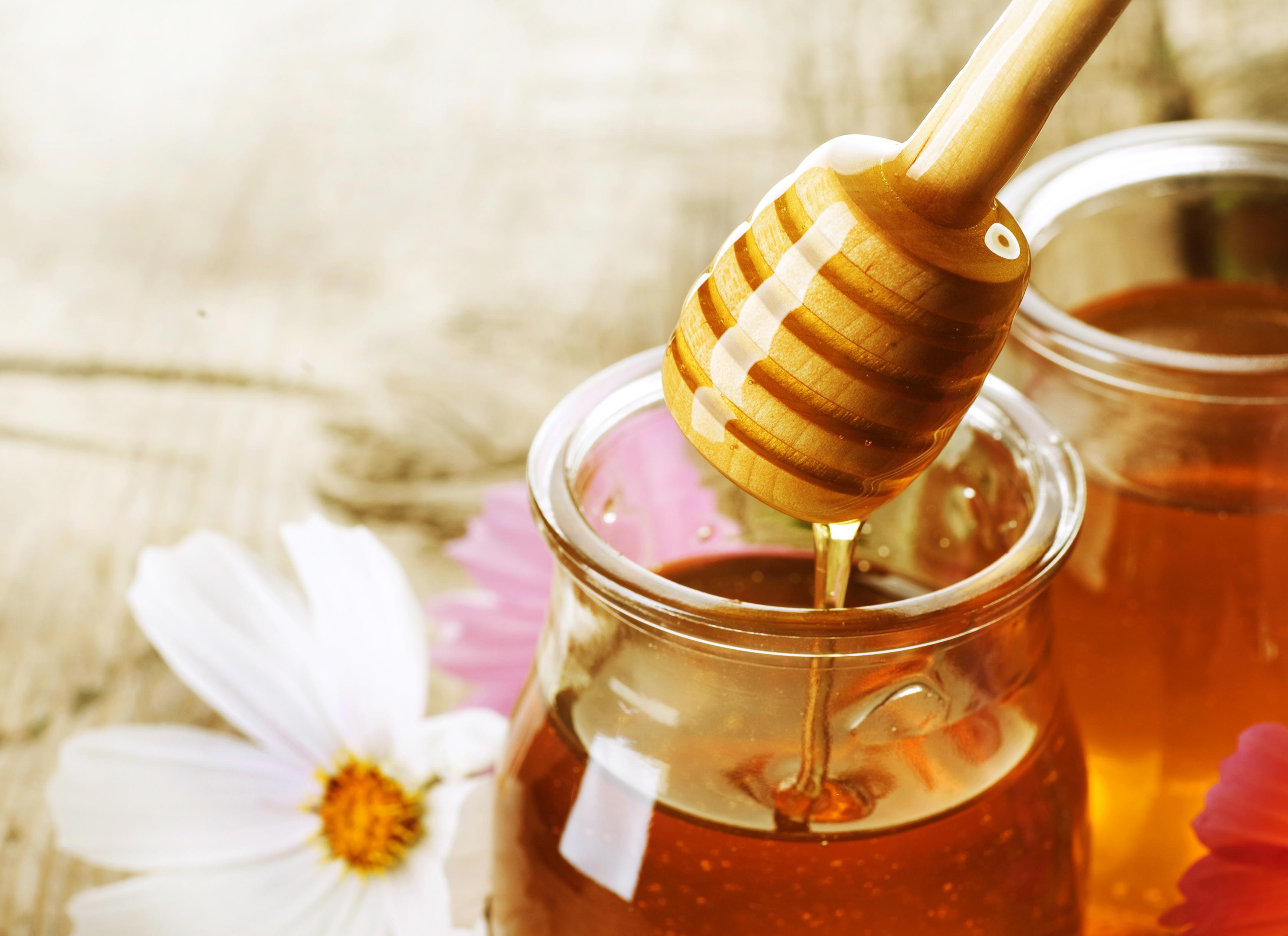 فوائد العسل للنساء