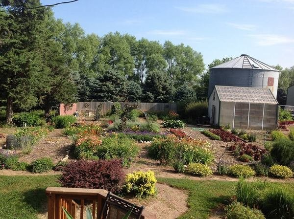 Picket Fence Greenhouse Garden Store