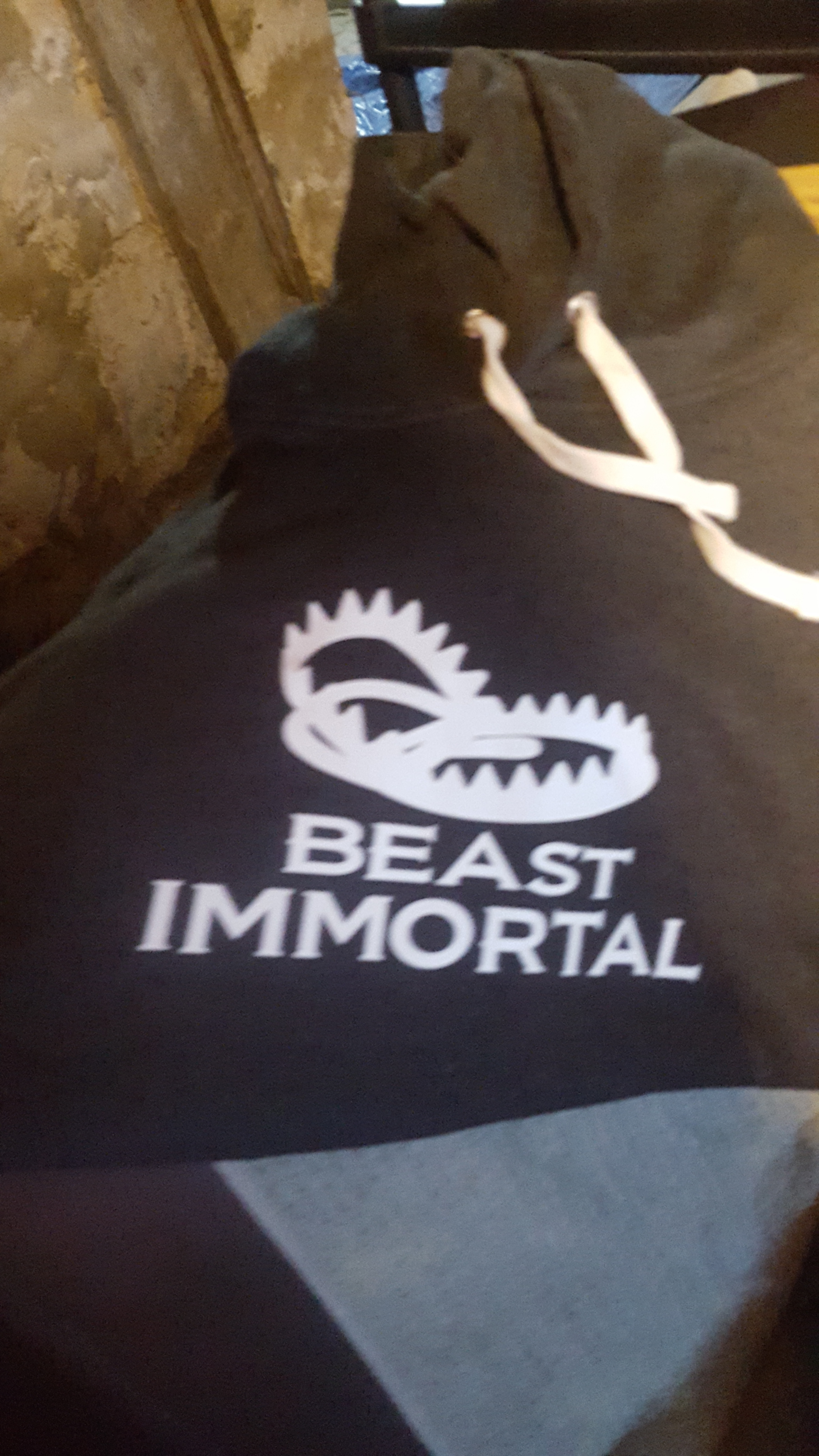 3 Beast Immortal different color hoodies 0024