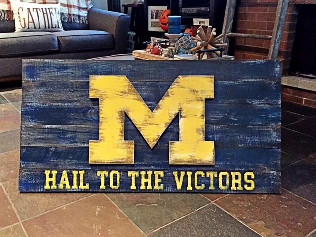 Michigan Wolverines Wall Flag 36\'\' x 21\'\' | Custom Wall Decor and ...