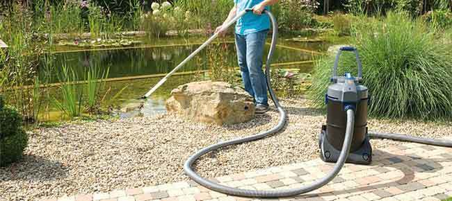 Pond vacuums pond products canada hydrosphere water for Koi pond vacuum cleaner
