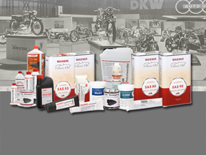 Oldtimer Motorrad Ölwechsel; DKW Motorrad Ölwechsel